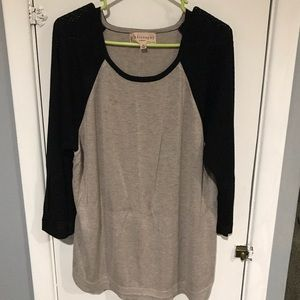 Cute tan top with 3/4 black knit sleeves